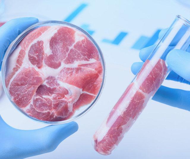 Клише «мясо из пробирки» отталкивает потенциального покупателя